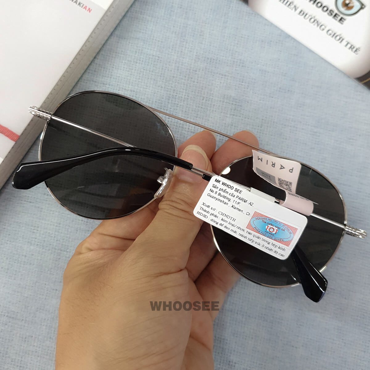 kính mát thời trang form tròn pr72402 b1 parim