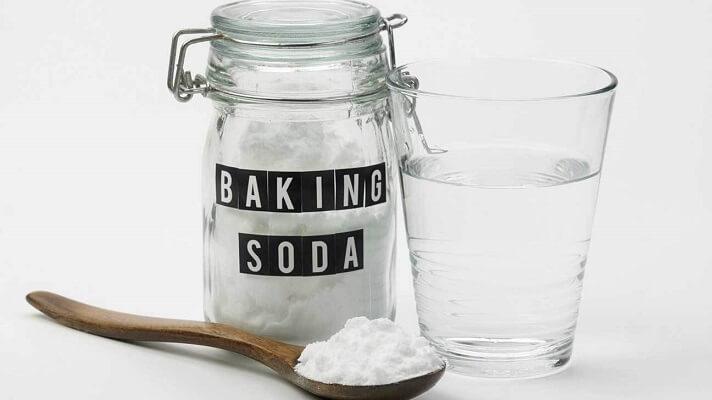 Làm Mờ Vết Xước Bằng Baking Soda